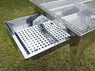 Sliding Coal Tray so you don't need to remove mesh to add coal.